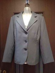 新品23号★ジャケット★グレーに白いストライプ/大きいサイズ