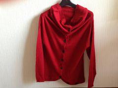 マジェスティックレゴン赤色ニット長袖