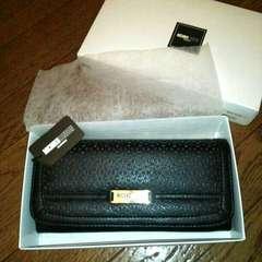 新品箱付きミチコロンドン長財布