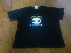 100 ぱんだ 黒のTシャツ