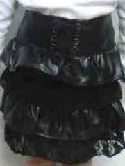 新品*女児110�p*フリルティアード合皮ミニスカート*ブラック