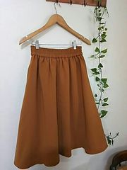 〇LOWRYS FARM〇とろみ素材の上品なフレアスカート*・゜美品