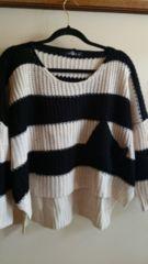 ■冬物超美品モノトーン太ボーダーポケット裾変形ニットソー■