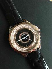 CHANELノベルティーエナメル時計