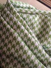 北欧系カーテンフック付新品同様遮光カーテン緑千鳥格子柄