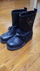 メゾピアノ 黒ブーツ 19�p