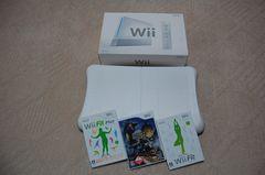 ���j���e���h�[Wii�{�́{Wii Fit Plus�{�����X�^�[�n���^�[�Rtri