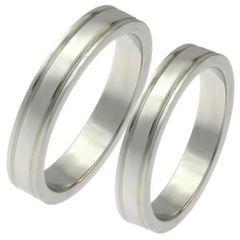 指輪2本感謝を刻むダブルラインペアリング