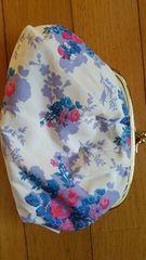 花柄の大きながま口財布
