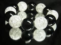 即決価格??オニキス×クラック水晶ブレスレット??18mm天然石数珠