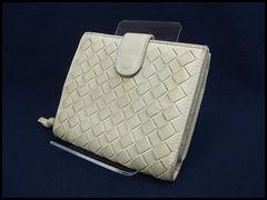 ボッテガヴェネタ ラムレザー 二つ折り財布 121059 オフホワイト
