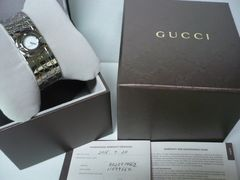 グッチ  超美品 バングルタイプ トワール  レディース時計