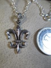 Silver925 純銀 百合紋章ペンダント+925チェーン45cm 5.5g P57