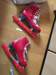 赤フィギュアスケート24センチ