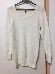 今季、アンゴラ混のセーター。ニット。