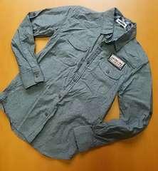 グレー系  後ろプリント有 ロールup可 羽織にも シャツ (150)