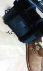 セールUGG/アグオーストラリア ムートン ボア 鞄  黒  美・美品