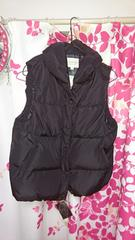 ダウンヘチマ襟ベストLサイズ。黒色、新品タグ付き。