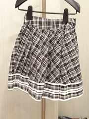 スカート黒×白
