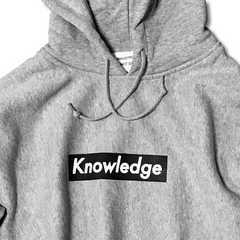 送料無料!新品Knowledge ボックスロゴ パーカー グレー XL