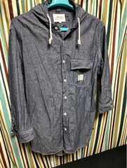 AVIREX,七分袖パーカーシャツ。極美品。格安。