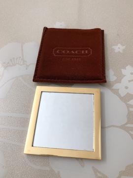 B029 美品★ コーチ コンパクト ミラー 鏡 カガミ ゴールド