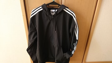 【adidas】men's★黒/白★Lサイズ★ジップアップパーカー