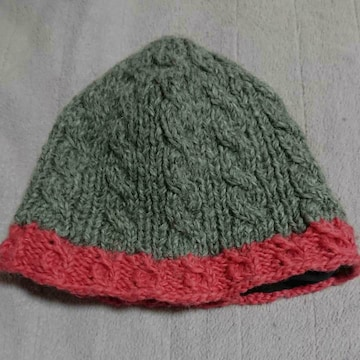 niko and…赤縁ブラウンニット帽