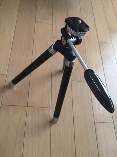伸び〜る カメラ三脚 ケース付き < 家電/AVの