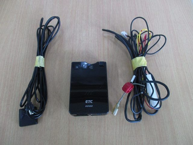 ★送料無料 デンソー  音声タイプ アンテナ分離型 ETC  DIU-9300S < 自動車/バイク