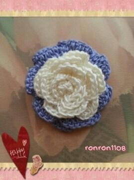 ハンドメイド/手編み♪レース編み2色のお花モチーフ 135