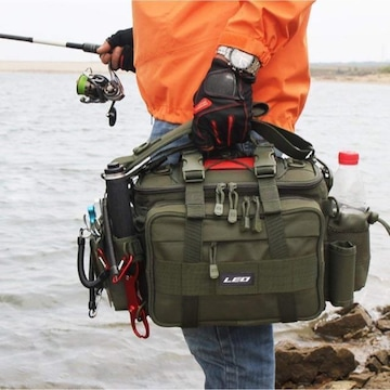 3WAYの持ち方 釣り フィッシングバッグ ;