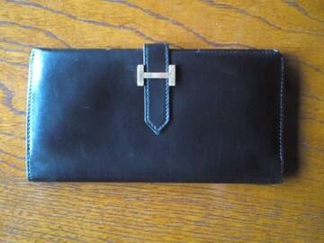 ★正規品エルメス黒の長財布で箱付きの美品です☆