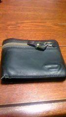 DIESELの二つ折り財布(黒) ディーゼル