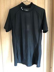アンダーアーマーの半袖シャツ