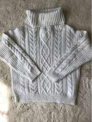 レディース   one  way  タートルネックセーターMサイズ