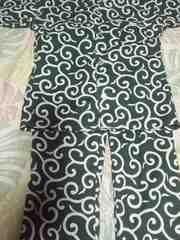 ☆新品緑×白唐草模様(中)柄ダボシャツ&ゴム入パンツ110