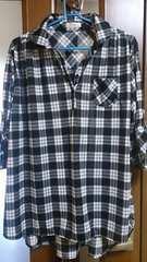 白黒チェック☆袖ロールUPサラサラシャツ☆4L