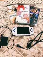 PSP バリューパック 生産終了白×ブルー ソフトset 送料込み★