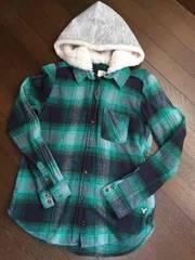 AMERICAN EAGLE☆ボアフード付きネルシャツ