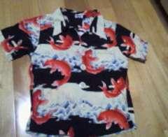 MPSエムピーエス和柄アロハシャツ赤色の登り鯉100サイズ