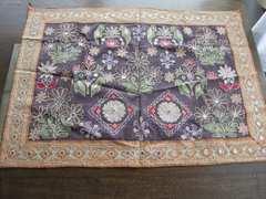インド製 刺繍 テーブルセンター 美品