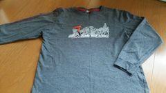 ユニクロ キッズ 140センチ 長袖 Tシャツ 男の子 美品