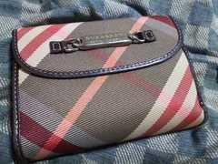 ブルーレーベル 本革製二つ折り財布・中古