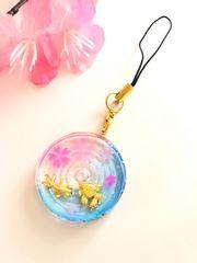 ★桜と金魚のレジンストラップ 波紋 丸型 さくら サクラ�A