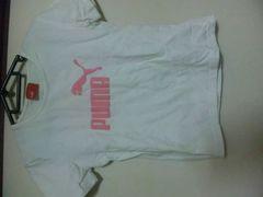 PUMA/プーマ/白Tシャツ/ピンクの柄