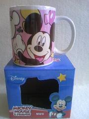 特価! ディズニーミッキーマウスピンクマグカップ新品箱入り