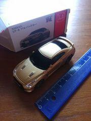 新品♪プルバックカーNISSAN 日産GT-R *ゴールド アミューズメント非売品