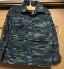 新品☆Sサイズ109-124�p☆GAPブランド迷彩ジャケット