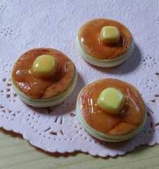 手作りデコパーツ  バターがとろ〜り♪パンケーキ  3個セット